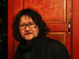 В Петербурге скончался известный художник Туман Жумабаев. Его называли Рембрандтом XXI века