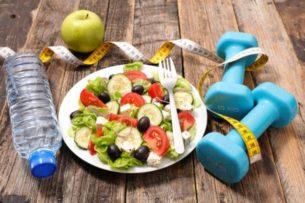 Диетолог назвала скрытую опасность обезжиренных продуктов
