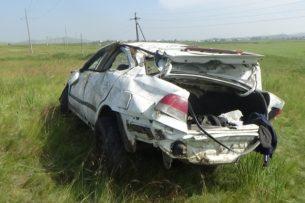 Туристы из Кыргызстана погибли в автоаварии на пути к озерам Хакасии