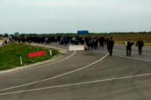 На российско-казахской границе произошли столкновения между мигрантами и сотрудниками Росгвардии