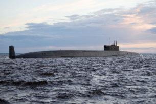 Военные США обнаружили всплывшую российскую подлодку около Аляски