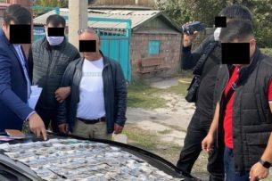 Задержан оперативник Службы по борьбе с незаконным оборотом наркотиков МВД Кыргызстана