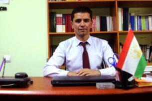 Адвокат в Таджикистане решил пойти в президенты. К нему тут же пришли спецслужбы
