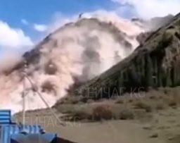 Оползень на дороге Дыйкан -Кара-Кече невозможно очистить. Решено строить объездную дорогу
