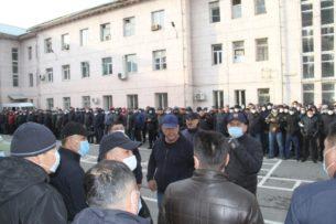 Cо стороны следователя налицо проявление  явного беззакония — Феликс Кулов об аресте Курсана Асанова