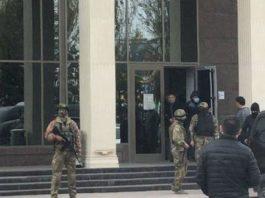 Камчы Кольбаева поместили в СИЗО ГКНБ на время следствия