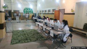 Избирательный участок в Нарынской области, 4 октября 2020 года