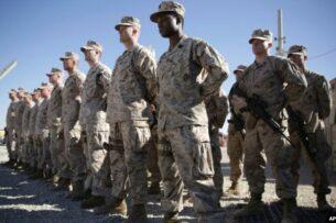 Пентагон объявил о сокращении числа военных в Афганистане и Ираке к середине января