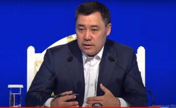 Садыр Жапаров проводит пресс-конференцию (видео)