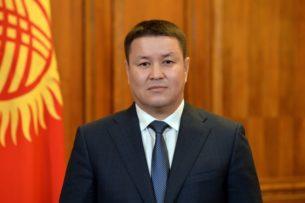 Талант Мамытов поздравил кыргызстанцев с Днем эпоса «Манас»