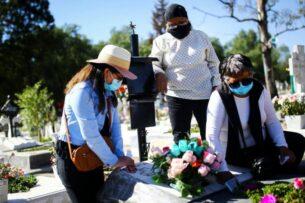 В Мексике более 100 тыс. смертей от коронавируса. Президента страны обвинили в промедлении с введением ограничений и быстром отказе от них