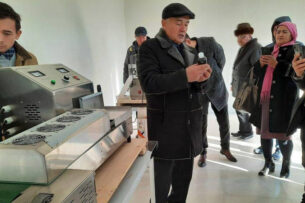 Первый банкир Узбекистана и бывший политзаключенный создал ассоциацию дождевых червей