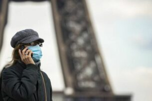 Франция вводит новый локдаун в Париже и его окрестностях