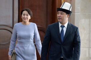Садыр Жапаров поздравил женщин Кыргызстана с праздником