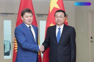 Всего за полгода работы Сооронбай Жээнбеков умудрился катастрофически испортить отношения с Китаем — Сапар Исаков