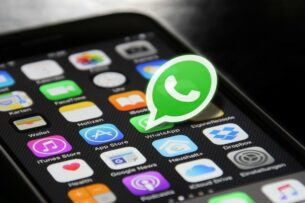 Пользователей WhatsApp начали взламывать через ложные сообщения от семьи и друзей