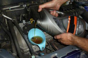 Почему менять моторное масло нужно не по пробегу, а по моточасам, и как их посчитать?