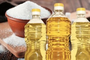 В апреле в Кыргызстан поступит 500 тонн сахара и 3 тыс. тонн растительного масла