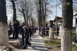 Группа женщин захватила айыл окмоту и грозят самосожжением. Нацбанк Кыргызстана готов оказать содействие в решении проблем с кредиторами
