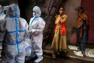 Премьер Индии заявил о «коронавирусном шторме»