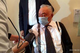 Мамбет Мамакеев: «Обращаюсь к кыргызскому народу: сделайте прививку от COVID-19»