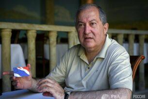 Президента Армении обвинили в работе на британскую разведку МИ-6