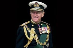 Букингемский дворец объявил о кончине супруга королевы Елизаветы II принца Филиппа