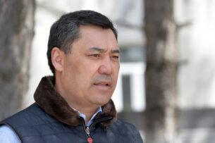 Садыр Жапаров призвал кыргызстанцев к строгому соблюдению всех санитарно-эпидемиологических требований