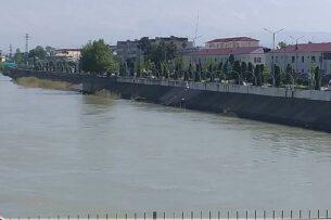 В Узбекистане женщина привязала к себе четырехлетнего ребенка и сбросилась с моста