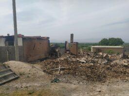 Минобразования Кыргызстана: В Баткенской области сожжены дома 29 учителей, дома 10 педагогов разграблены