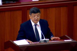 Акылбек Жапаров призвал глав органов МСУ не учить его уму-разуму