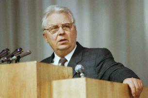 Умер бывший секретарь ЦК КПСС Егор Лигачев. Один из главных инициаторов «сухого закона» в СССР