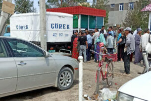 В Туркменистане обострился дефицит хлеба