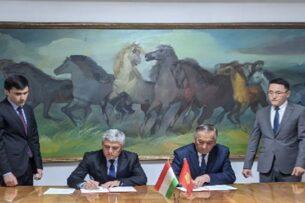 Топографические группы правительственных делегаций Кыргызстана и Таджикистана провели встречу в Оше