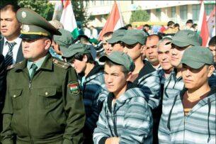 Как в Таджикистане устраивают облавы на «добровольцев» в армию. Желающих служить мало