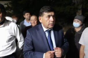Лидера новой оппозиционной партии в Узбекистане приговорили к штрафу за клевету
