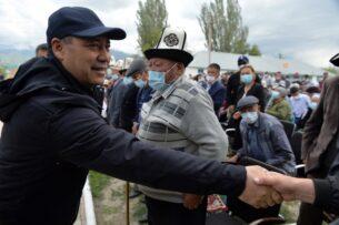Садыр Жапаров обсудил с жителями Ат-Башинского района строительство логистического центра