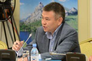 «Самолет посадил Лукашенко, а заплатим мы» — лидер казахских национал-патриотов Тайжан