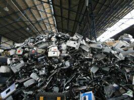«Цунами электронного мусора»: ВОЗ призывает оградить детей от вредного воздействия электронных отходов