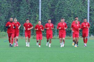 Отбор на ЧМ: Тамирлан Козубаев и Жыргылбек уулу Кайрат не сыграют в матче со сборной Мьянмы из-за перебора желтых карточек