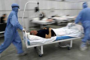 Несколько полностью привитых пациентов умерли в Петербурге от коронавируса