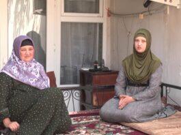 «Муж избил меня, назвал дочерью предателя и заявил о разводе». Как живут родные осужденных членов Партии исламского возрождения Таджикистана