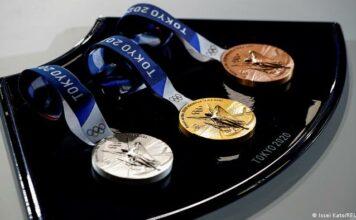 Токио: Все олимпийские медали сделаны из переработанной бытовой электроники