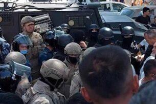 В Узбекистане прошли протесты из-за оскорбления в соцсетях, на место были отправлены военные и спецназ (видео)