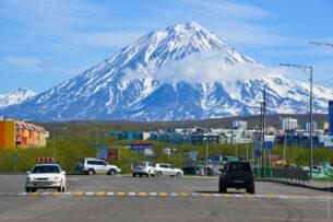 Больше всех на рынок Камчатки трудовых мигрантов «поставляет» Кыргызстан