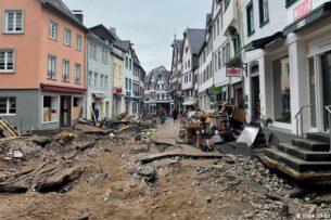 Число погибших в результате наводнения в Германии превысило 155