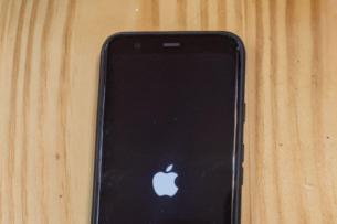Неизвестные обещают выложить инструкцию по установке iOS 14 на Android-смартфоны