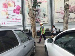 В Бишкеке кто–то крышует лжепарковщиков — СМИ