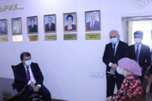 Глава Минздрава Таджикистана вернулся на работу спустя две недели после избиения племянниками Рахмона
