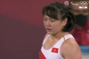 Токио-2020: Мээрим Жуманазарова завоевала бронзовую медаль Олимпиады